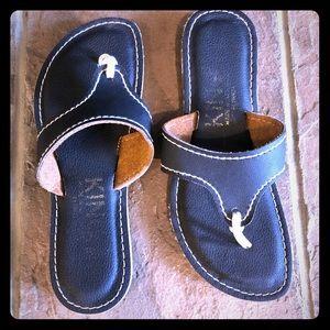 Kino Sandals size 8
